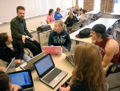 Students use both PC and Mac laptops in Winona State classrooms.